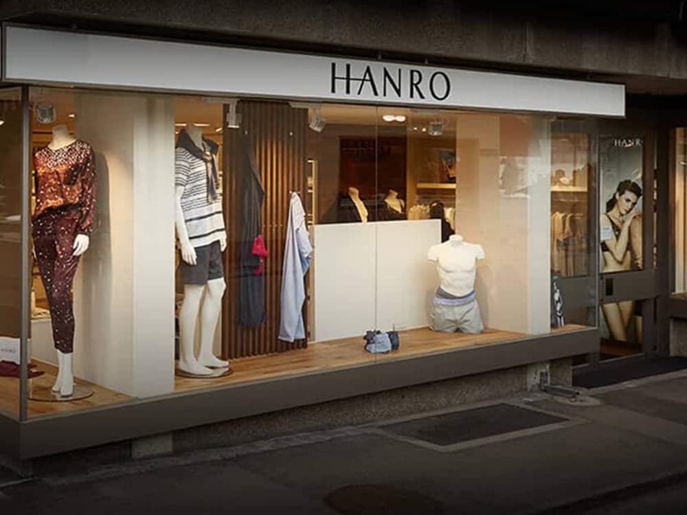 HANRO Gstaad Ladenbau Wäsche