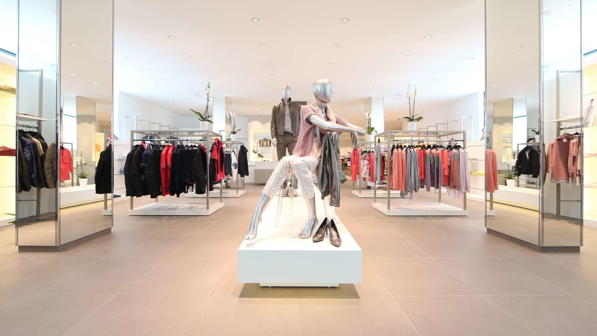 Ladenbau Bekleidungsgeschäft Schweiz